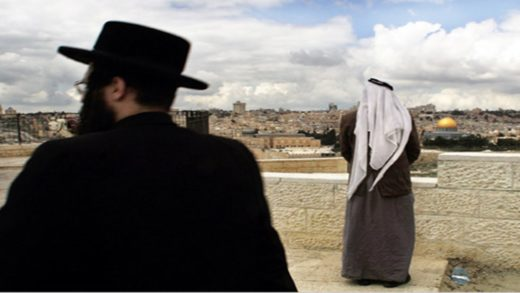 Egyptian Muslim Presses Rabbi Tovia Singer: Will Jews and Arabs Ever Make Peace in the Holy Land?